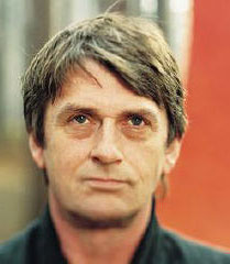 Mike Oldfield - Moonlight Shadow - Music.lt.