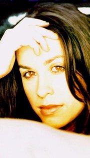 Morisette Alanis Biography 8notes Com