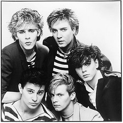 In 1981, Duran Duran consisted of Nick Rhodes and Simon Le Bon (rear), and the unrelated Taylors, Roger, Andy, and John (front).